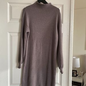 Mauve sweater dress with balloon sleeves